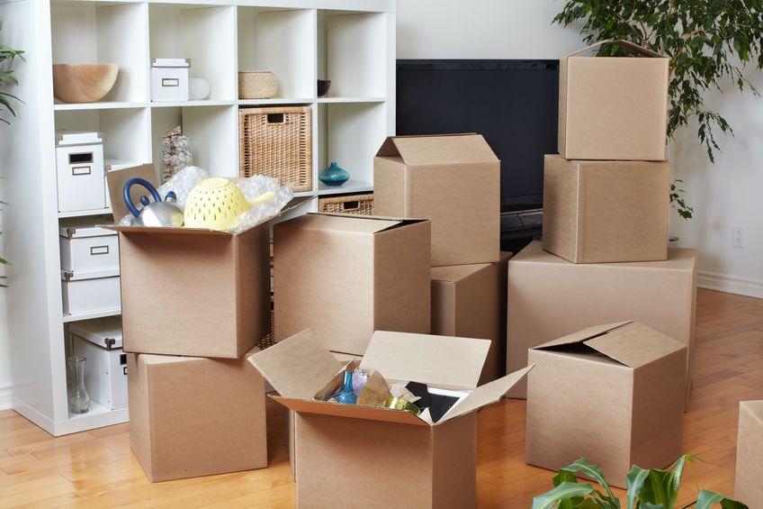 Come traslocare senza stress utilizzando alcuni immancabili oggetti